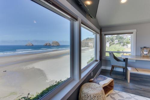Chinook #8 - Oceanside, OR Vacation Rental