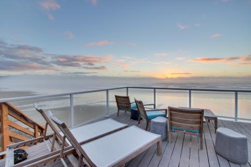 Zeolite #9 - Oceanside, OR Vacation Rental