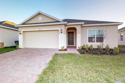 Sunshine and Seclusion - Davenport, FL Vacation Rental