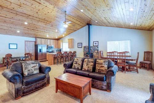 Truckee Family Getaway - Truckee, CA Vacation Rental