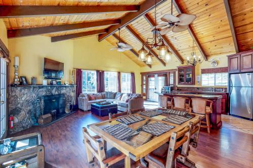 Pine Cove -  Vacation Rental - Photo 1
