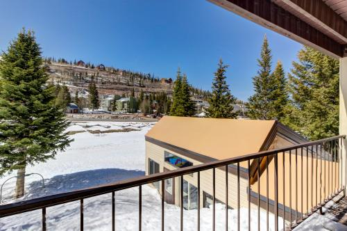 Mountainside Oasis -  Vacation Rental - Photo 1