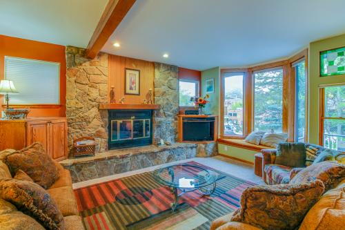 Ridge Retreat  -  Vacation Rental - Photo 1