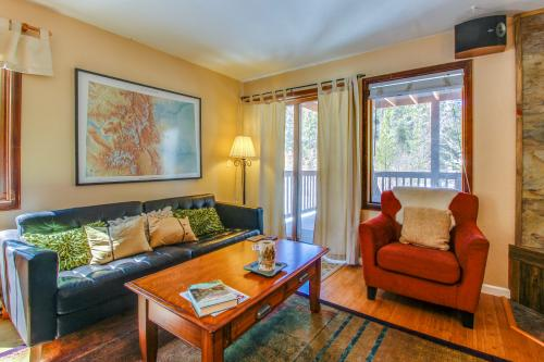 Pinemark Townhome -  Vacation Rental - Photo 1