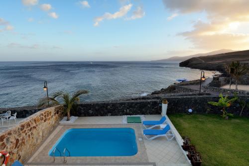 Villa Lush Sea -  Vacation Rental - Photo 1