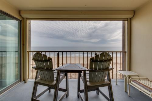 Salty Sands -  Vacation Rental - Photo 1