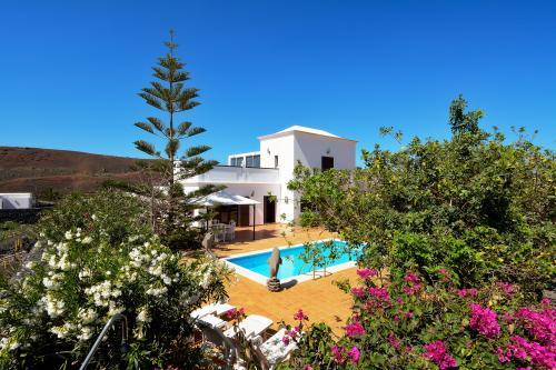 Villa Volcano -  Vacation Rental - Photo 1