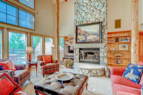 Unforgettable Keystone Ranch  -  Vacation Rental - Photo 1