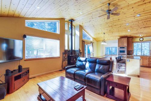 Classic Mountain Comfort - Truckee, CA Vacation Rental