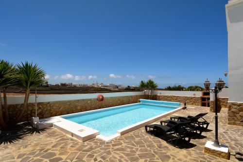 Villa Palm Tree -  Vacation Rental - Photo 1