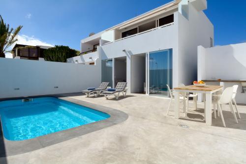 Villa Dayspring -  Vacation Rental - Photo 1