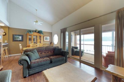 Crystal Beach -  Vacation Rental - Photo 1