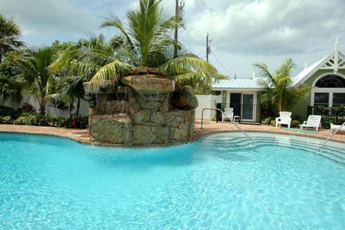 Blue Lagoon 2 -  Vacation Rental - Photo 1