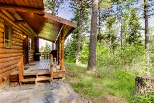 Blacktail Cabin - Lakeside, MT Vacation Rental