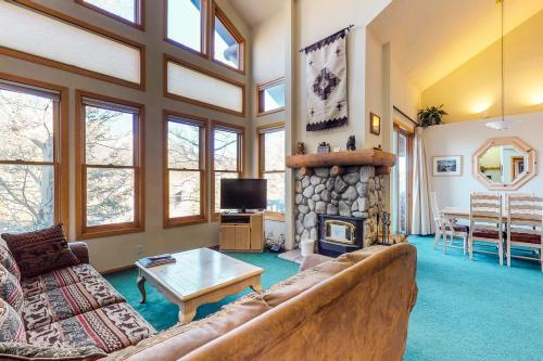 Snowcreek 860 -  Vacation Rental - Photo 1