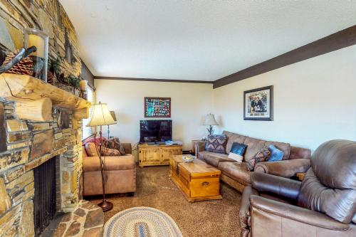 Mammoth Ski & Racquet Club #131 -  Vacation Rental - Photo 1