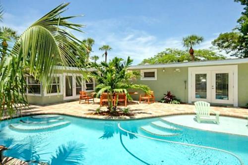 Tina's Piece of Paradise -  Vacation Rental - Photo 1