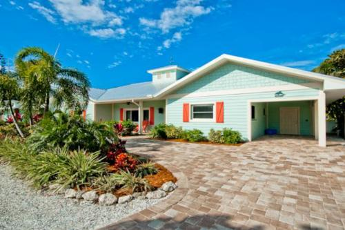 Island Pearl  -  Vacation Rental - Photo 1