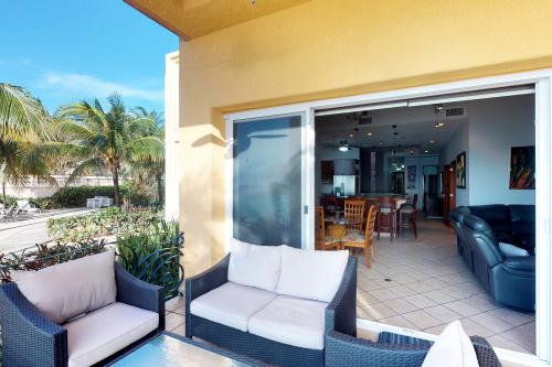 Coral Sand by The Beach -  Vacation Rental - Photo 1