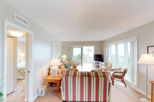 Shorewood 301 -  Vacation Rental - Photo 1