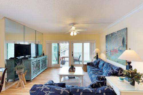 Shorewood 230 -  Vacation Rental - Photo 1