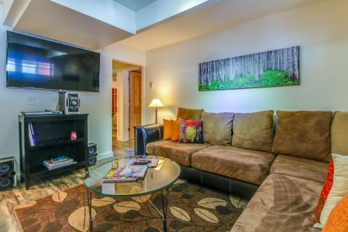 Downtown Beauty - Aspen, CO Vacation Rental
