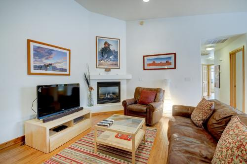 Cottonwoods 405 -  Vacation Rental - Photo 1