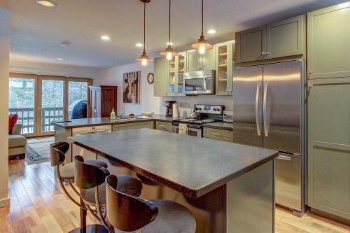 Timberline 12 - Warren, VT Vacation Rental