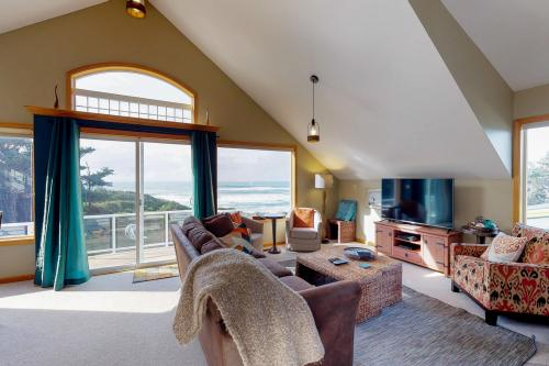 The Soaring Seabird - Yachats, OR Vacation Rental