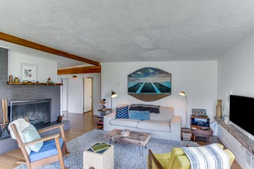 Alki' House - Arch Cape, OR Vacation Rental