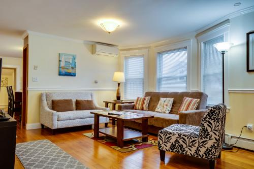 Modern Brighton Getaway - Boston, MA Vacation Rental