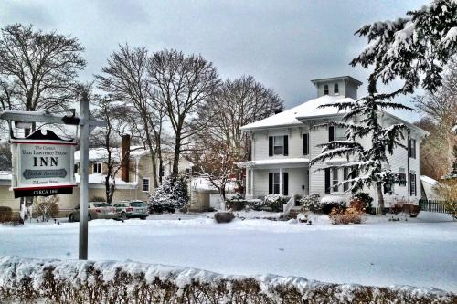 Historic Whaling Captain's Home & Cottage -  Vacation Rental - Photo 1