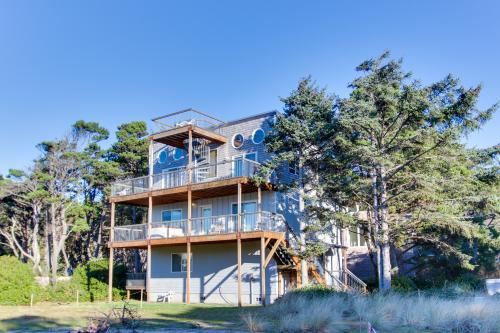 Grey Haven - Rockaway Beach, OR Vacation Rental