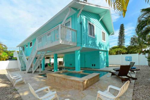 Turquoise Paradise West -  Vacation Rental - Photo 1