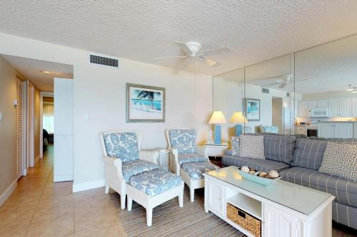 Coquina Beach Club 204 -  Vacation Rental - Photo 1