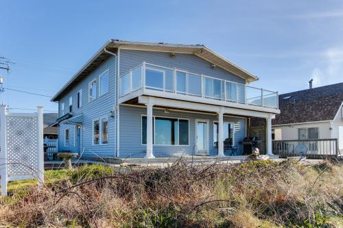 Ace's Beach House - Rockaway Beach, OR Vacation Rental