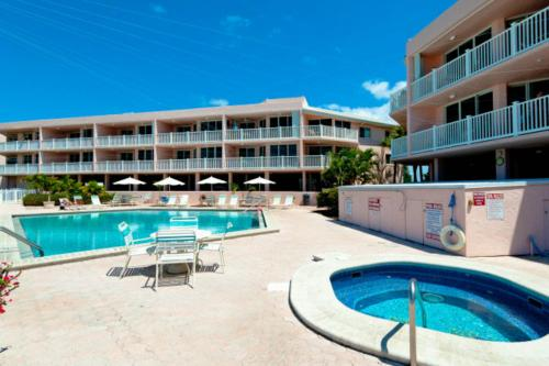 Anna Maria Island Club 27 -  Vacation Rental - Photo 1