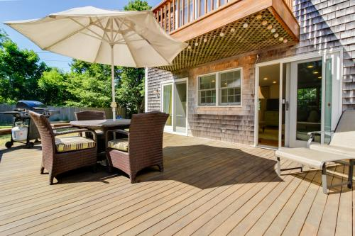 Pine Street Haven -  Vacation Rental - Photo 1