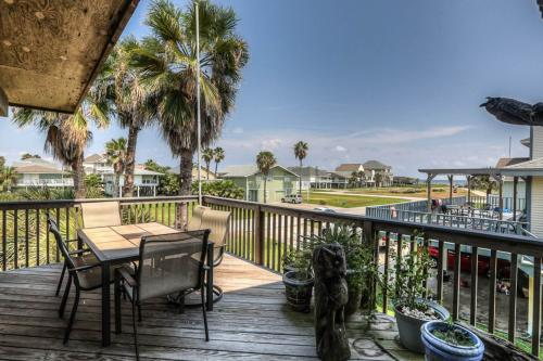 Island Time -  Vacation Rental - Photo 1
