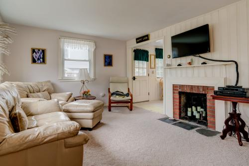 Narragansett Cottage - East Falmouth, MA Vacation Rental