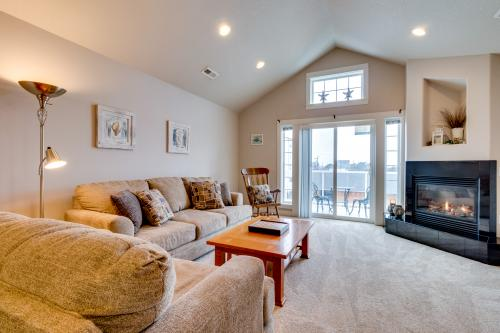 Seaview Escape -  Vacation Rental - Photo 1