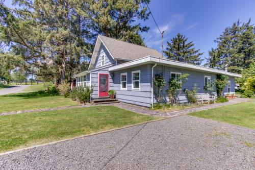Seventh Street Cottage - Gearhart, OR Vacation Rental