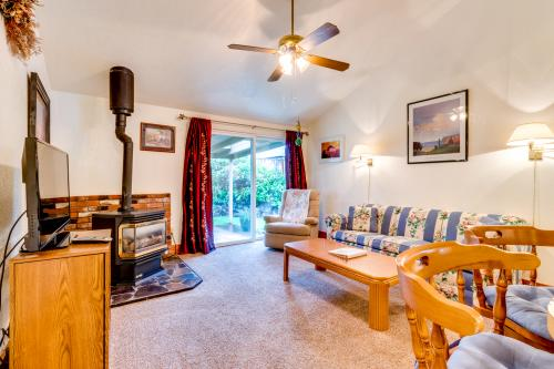 Sandy's Beach Place -  Vacation Rental - Photo 1