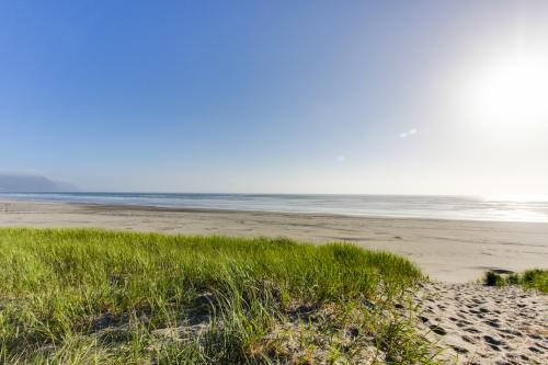 Surfside | Suite on the Sea - Gearhart, OR Vacation Rental