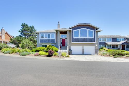 The Crimson Pelican at The Highlands - Gearhart, OR Vacation Rental