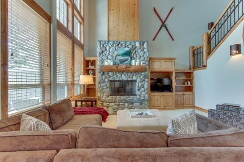 18 Aquila Lodge -  Vacation Rental - Photo 1