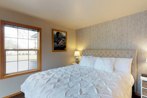 Blue Willow Cottage Suite -  Vacation Rental - Photo 1