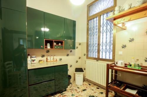 Calle Regina Apartment - Venice, Italy Vacation Rental