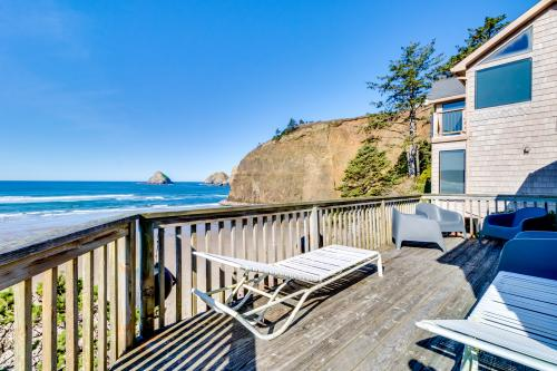 Oceanfront Cottage -  Vacation Rental - Photo 1