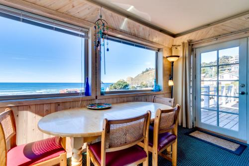 Wave Watch 'N -  Vacation Rental - Photo 1
